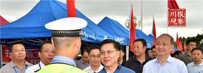 王东明:游客是我们的客人,我们有责任有义务让他们平平安安回家!